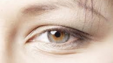 Wrinkles under the eyes - how to effectively eliminate them?